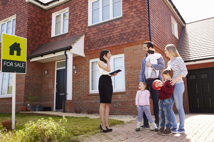 Making the best offer for a house